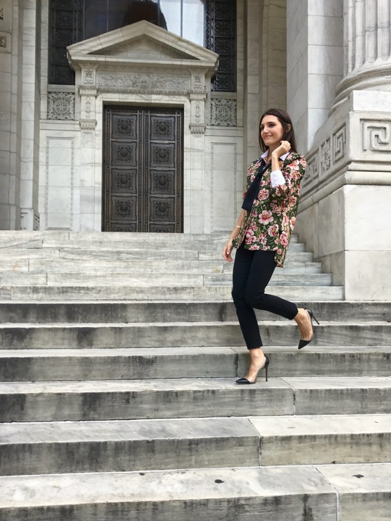 Corporate and Lifestyle blogger That Pencil Skirt wearing a Zara bow blouse with white cuffs and collar and Rag and Bone black leggings